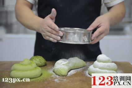 哪里培训千层蛋糕技术好?
